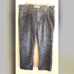 GAP Cords Corduroy Relaxed Boot Fit Pants Career